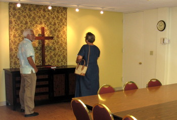 Stephen and Linda Miller were among the many who toured the renovated Boardroom on April 27.