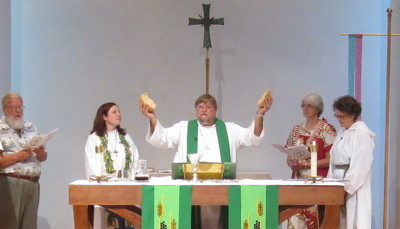 Pastor Jeff Lilley celebrates Holy Communion